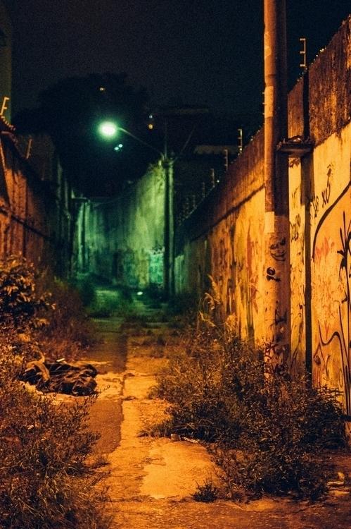 010 - passage - photography, night - pebez | ello