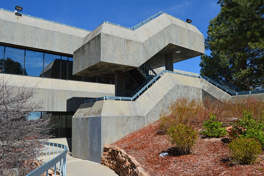 Brutalist staircase, SCALA Buil - coloradocatalyst | ello