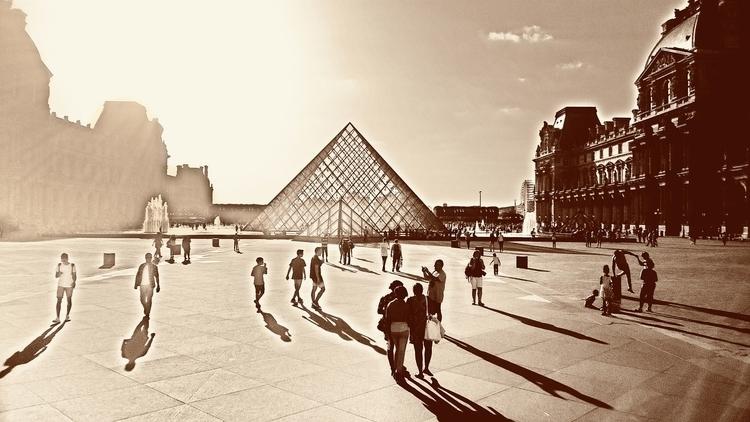 Paris, Le Louvre - todayisforever   ello