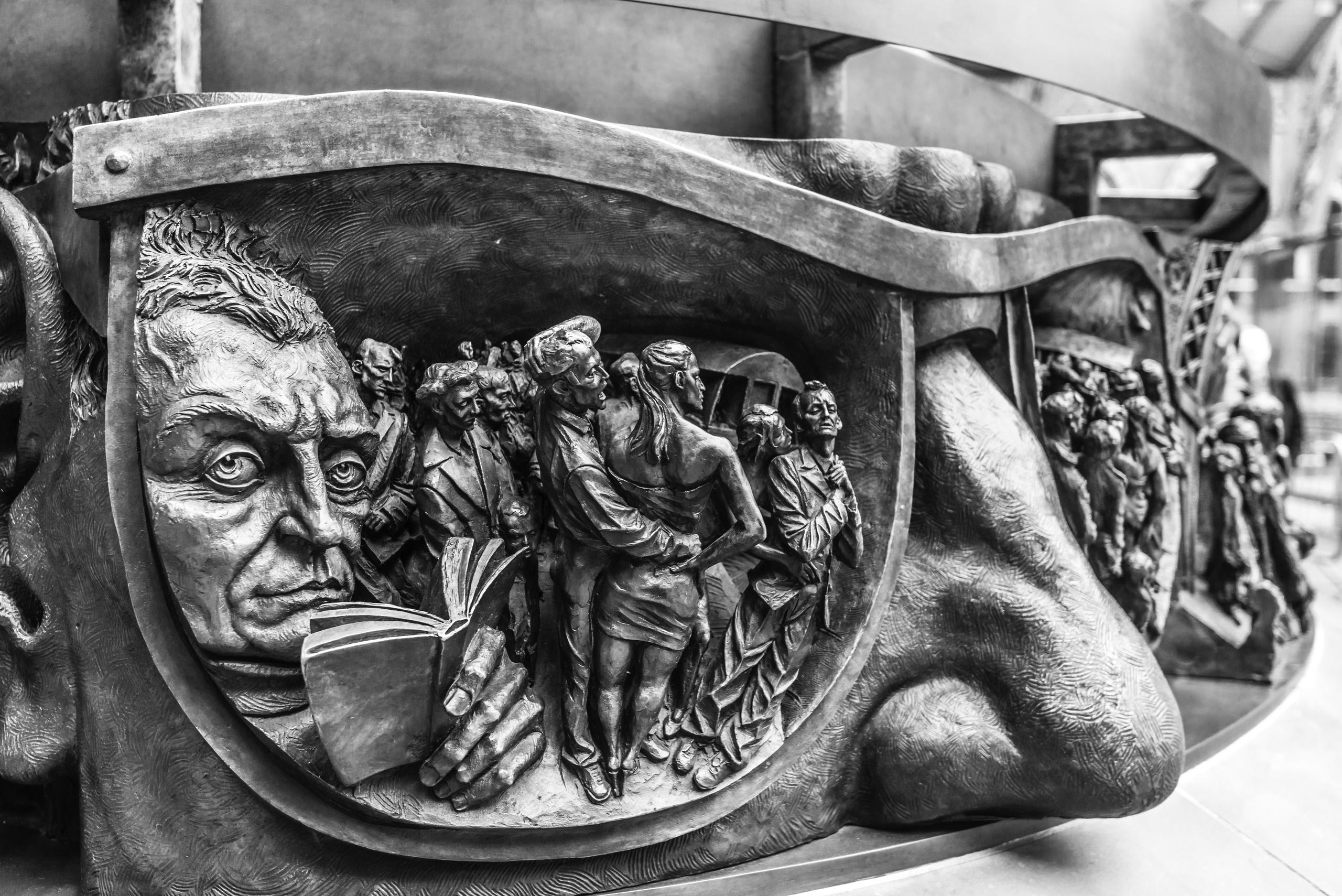 St Pancras Artwork Nikon D800E  - toshmarshall   ello