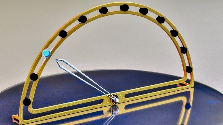 clock design. starts 12 midnigh - ke7dbx | ello