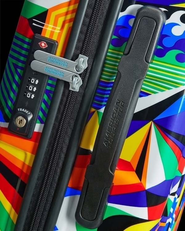 previews MWM American Tourister - mwm_graphics | ello
