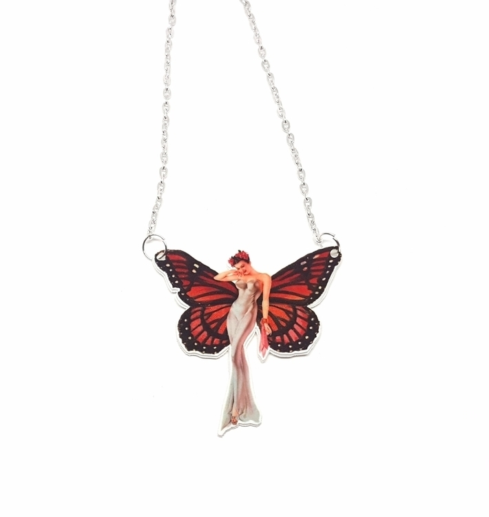butterly - butterfly, necklace, pinupgirl - gloriasanchez | ello