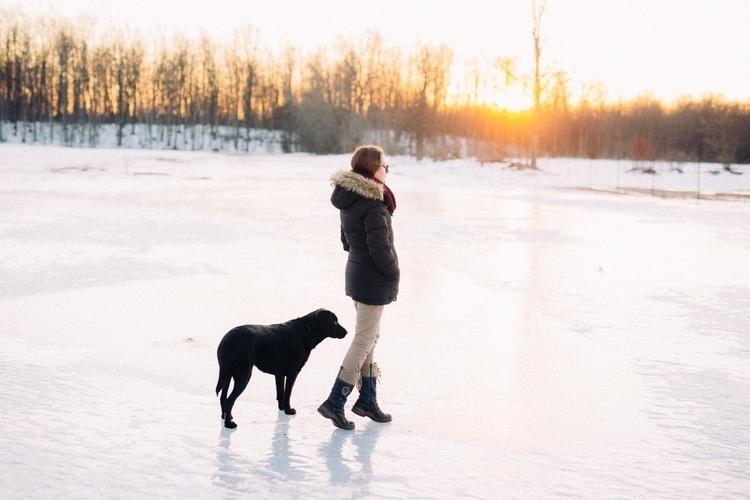 Farewell winter, sunshine! Tota - jonathonreed | ello