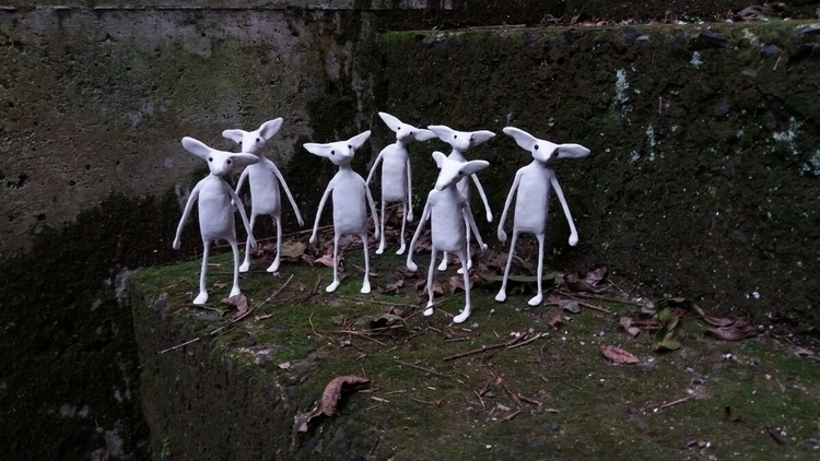 Snow foxes - sculpture, photography - jedsevard | ello