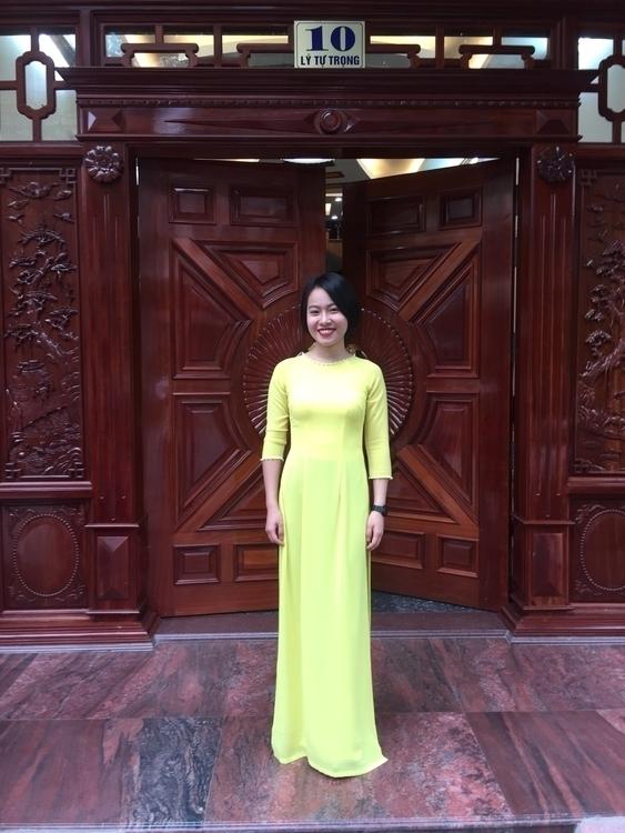 Vietnamese Girl - fanthao | ello
