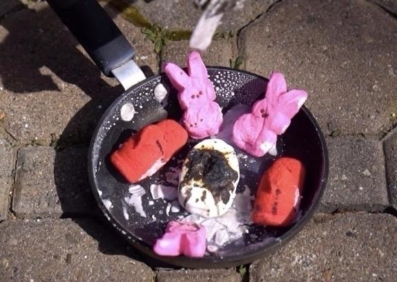 Peeps combust Easter-inspired s - bonniegrrl | ello