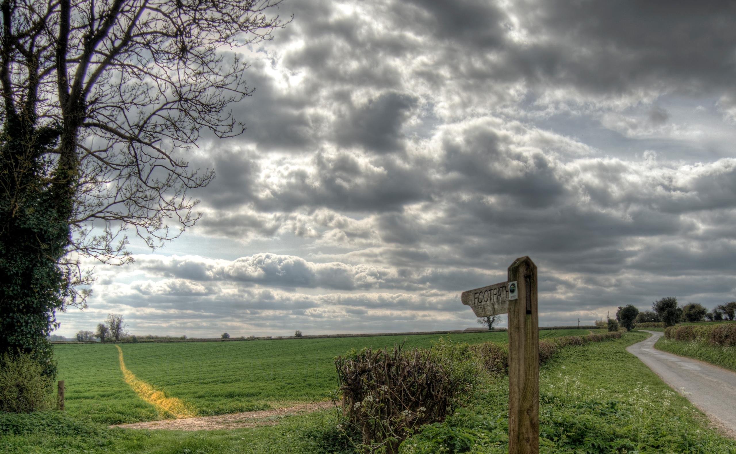 Footpath - footpath fields Itch - neilhoward | ello