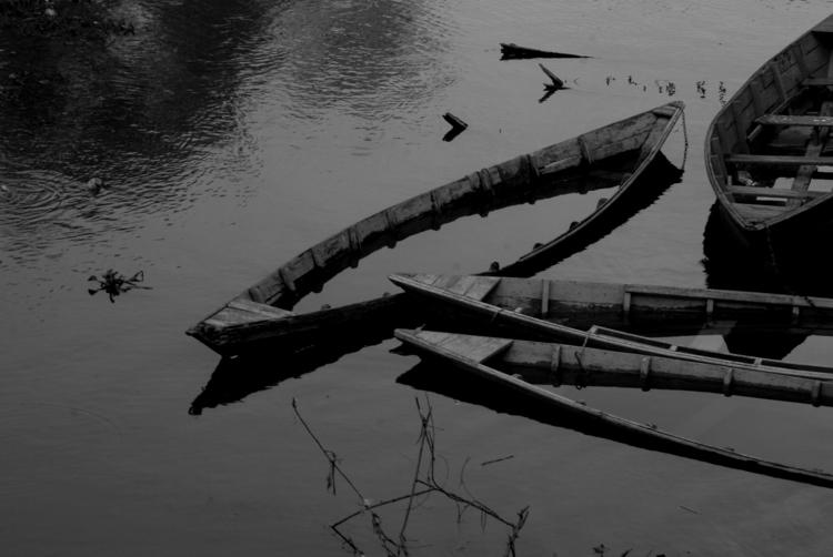 BW, Nepal - aywai | ello