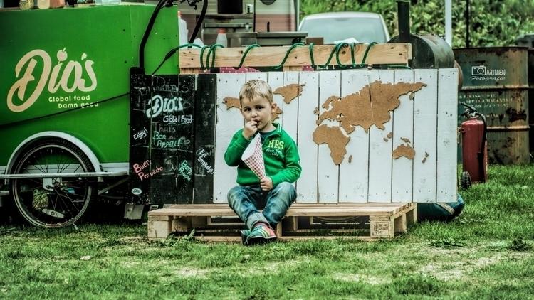 world small child. tasty - artmen | ello