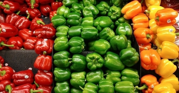food, Peppers, Green, Red, Yellow - thisguyozark | ello