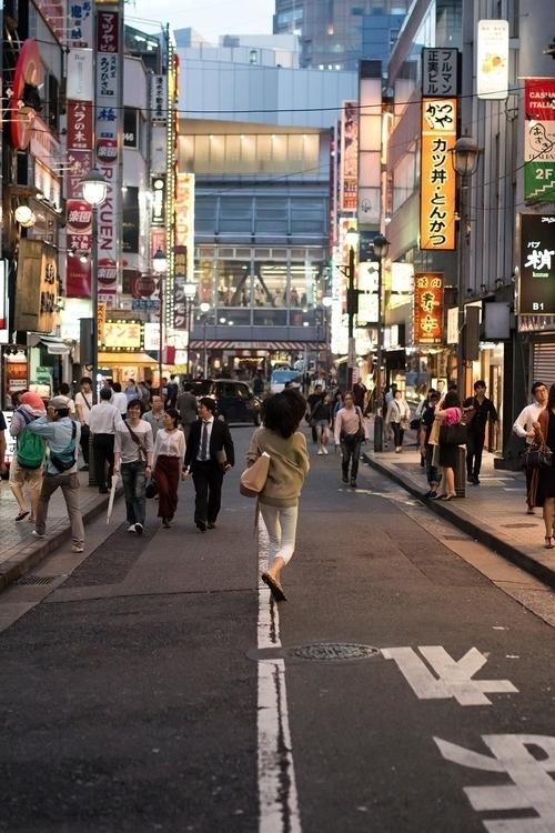 // 2016 - rush, city, tokyo, travel - walerija | ello