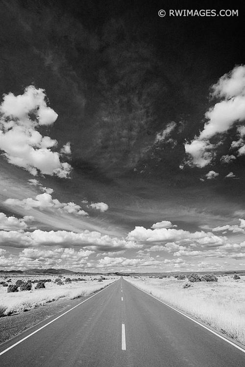 DRIVING TURQUOISE TRAIL ROAD ME - rwi | ello
