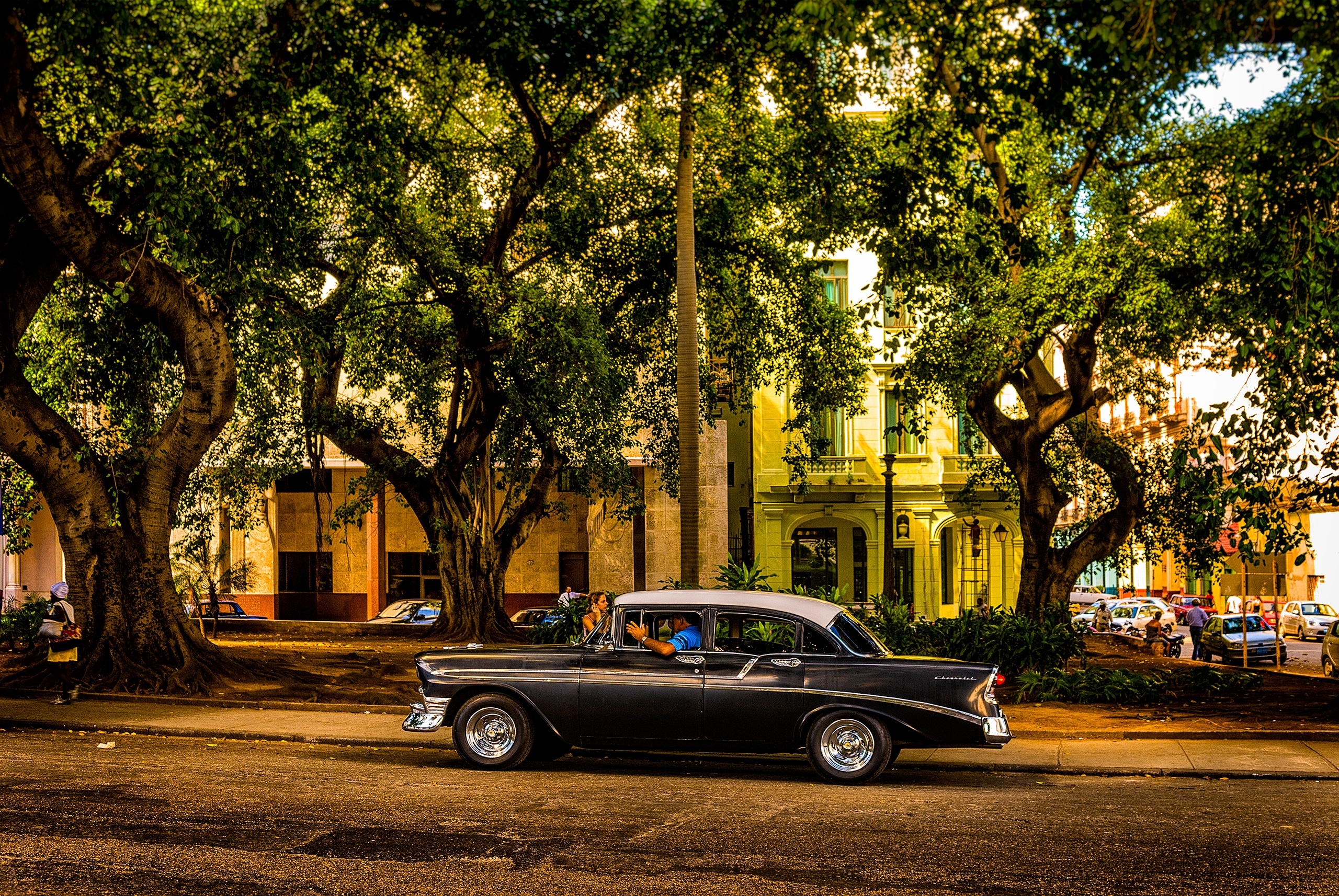 tropical cruising - Habana, Cuba - christofkessemeier   ello
