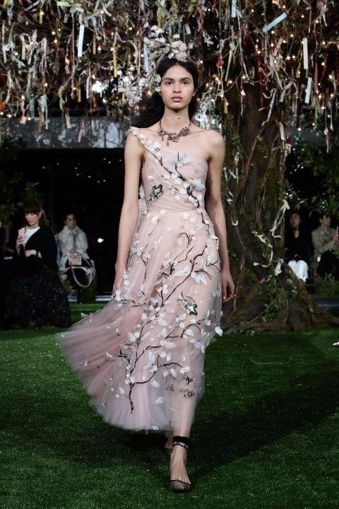 Dior Haute Couture Spring-Summe - maggie | ello