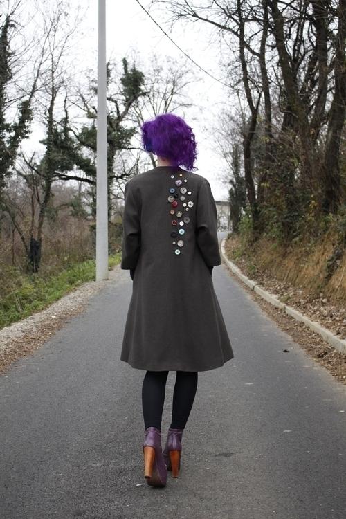 70 buttons coat decorated lot l - kindredspiritsk | ello
