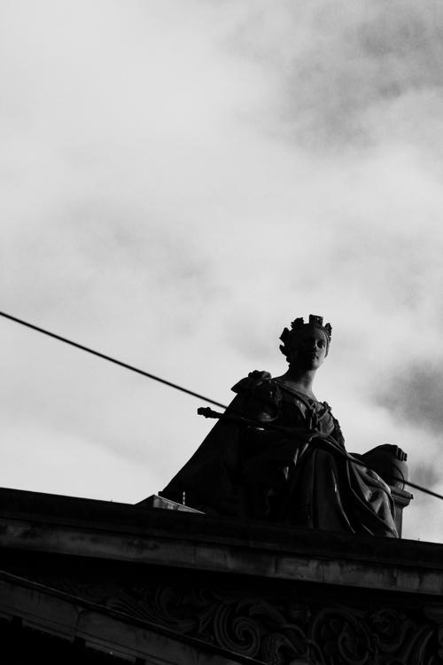 History. Edinburgh. 103 365 55 - anthull | ello