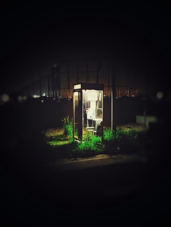 Telephone booth - hajimesun | ello
