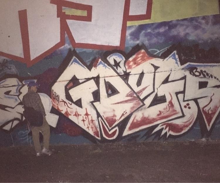 Montreal-ahuntsic zoo Aout/16 - graffiti - nellie380 | ello