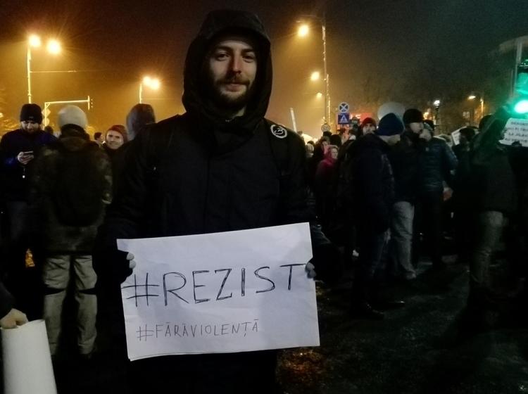 RESIST Oana Stroe, Bucharest, p - oanastroe | ello