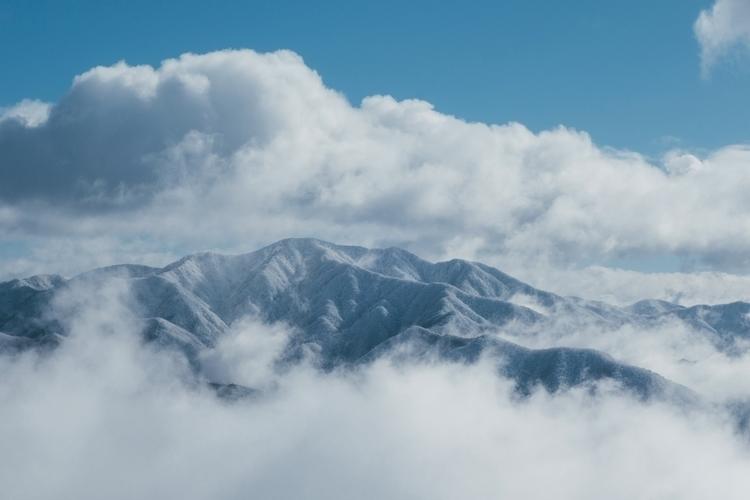 2017 Skiing Japan - japan, skiing - midwinterphoto | ello