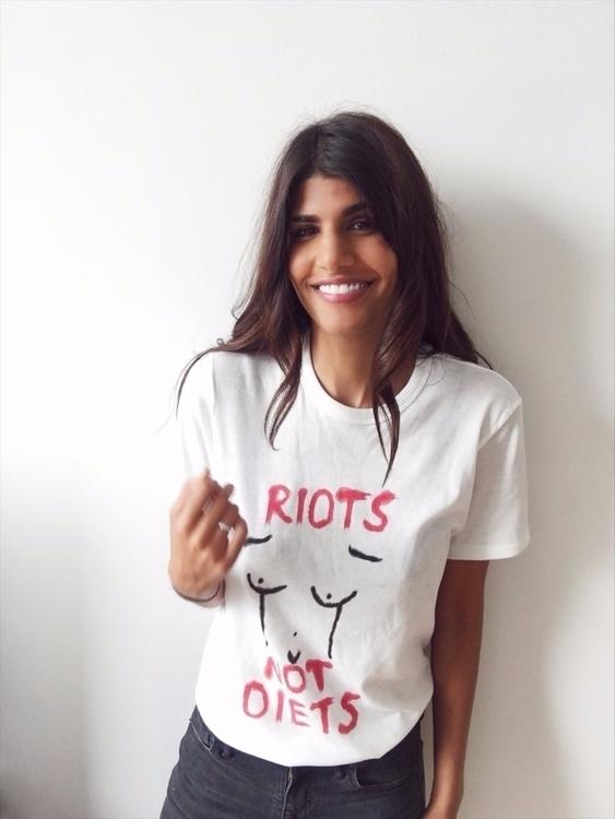 riots diets handmade tee - resist - isyoursco | ello