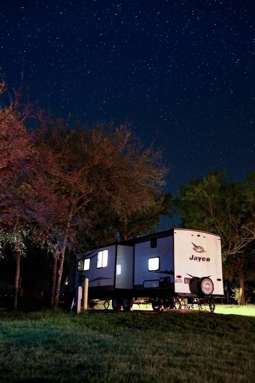 Travel trailer'ing stars Texas - jdunn   ello