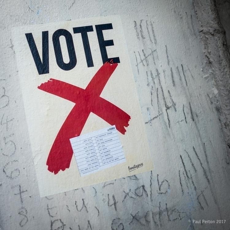 Vote, Norwich Street shooter tr - paulperton | ello