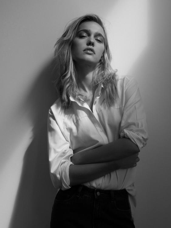 Stephanie - (2017 - photography - blupace | ello