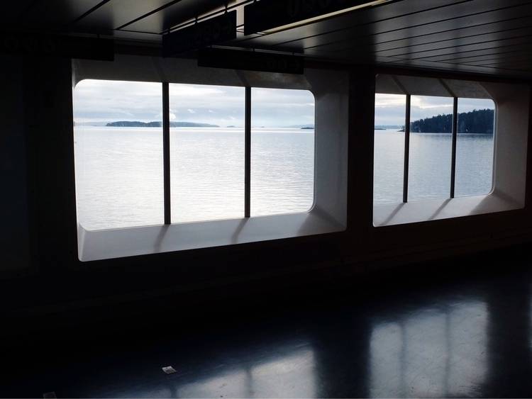 ferry Salish Sea - tombrydon | ello
