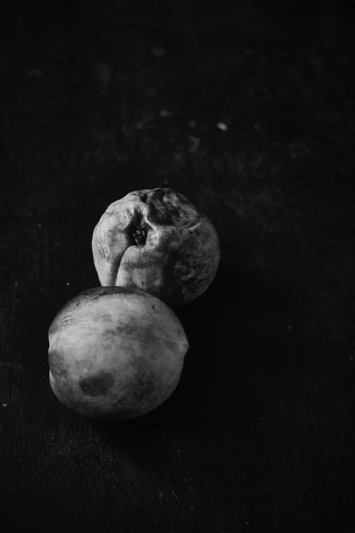 Nectarines - blackandwhite, stilllife - anti-informatique | ello