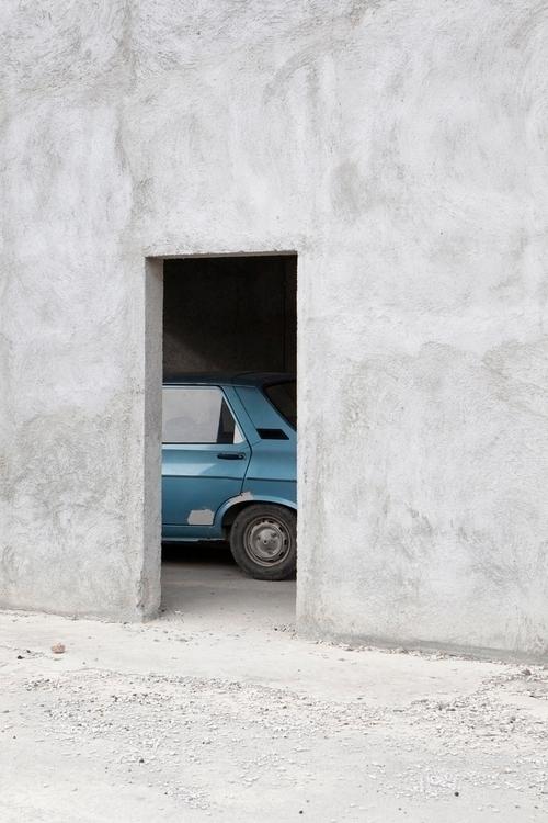 photographic exploration Eurozo - thisispaper   ello