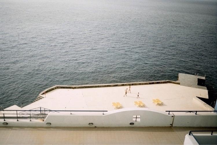 Madeira - analog, ektar100, blue - pauline_roquefeuil | ello