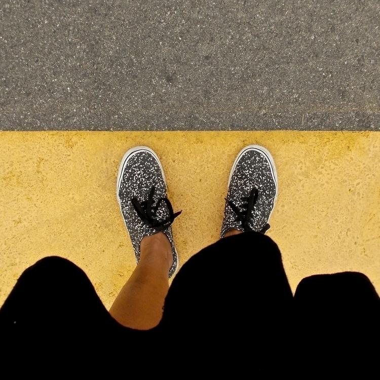 step - street, streetlife, takeawalk - noemilzn | ello
