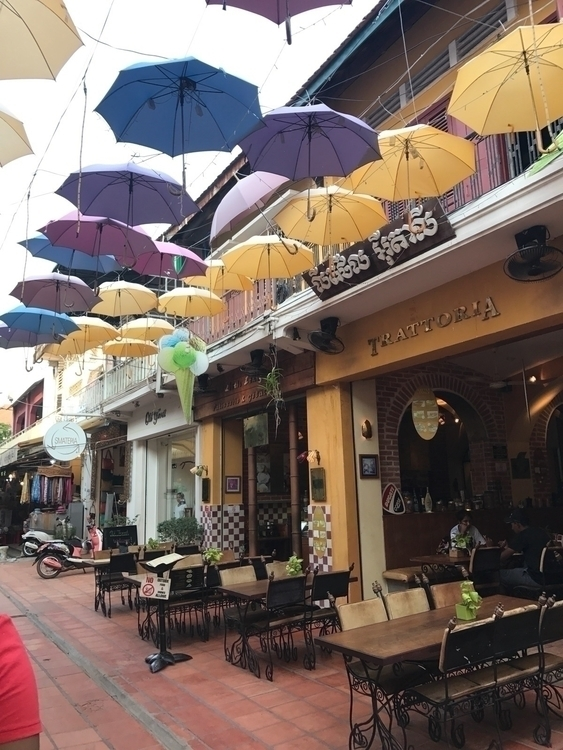 siemreap, cambodia, pubstreet - fashionespresso | ello