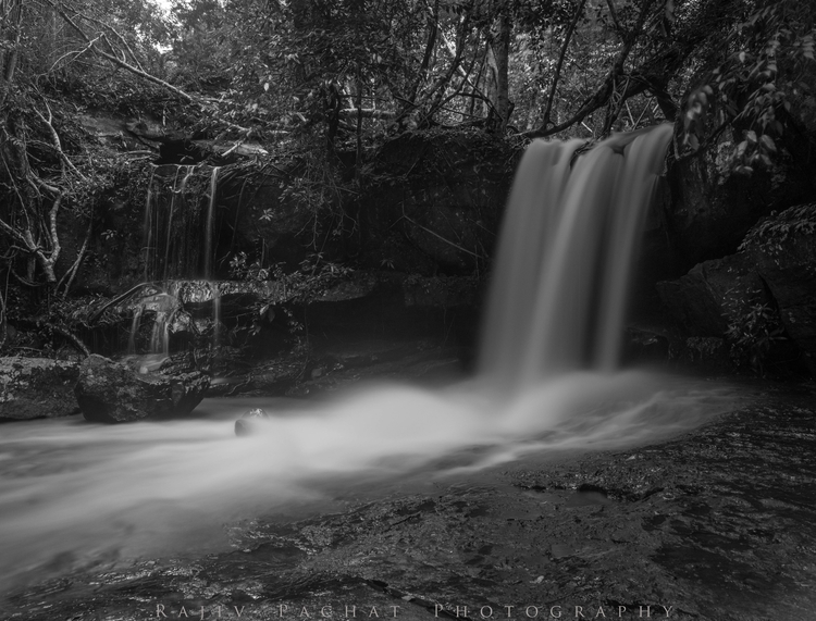 Waterfall Kbal Spean Location:  - morpheus2004 | ello