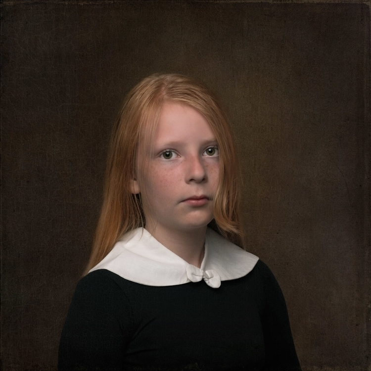 Britt - photography, portrait, vintagefashion - tinekestoffels | ello