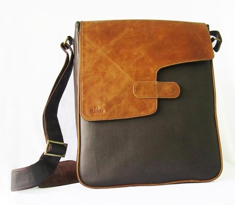 Adjustable shoulder strap. 1 zi - maheshmitraa | ello
