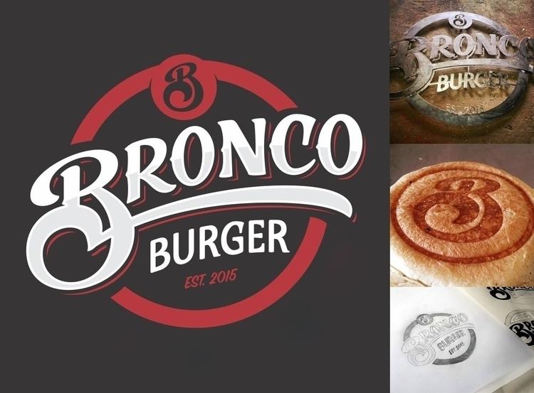 Handlettered logo burger place - gibara | ello