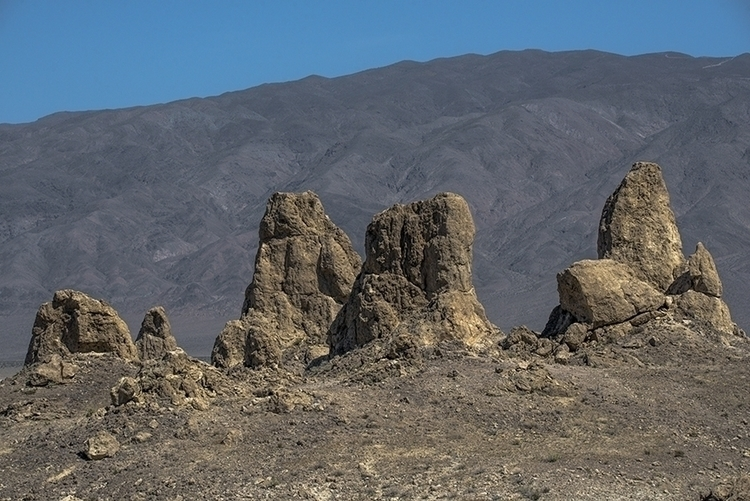 peaks - photography, landscape, tronapinnacles - frankfosterphotography | ello