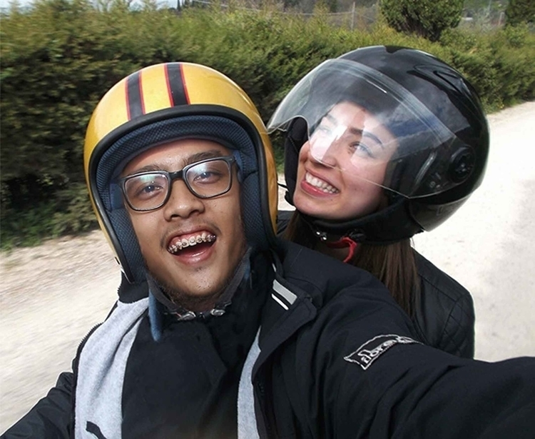 JALAN-JALAN BRAY! GASSSS - selfie - diselipin | ello