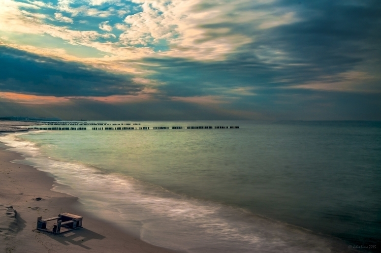 Stranded - photography, longexposure - julissimo | ello