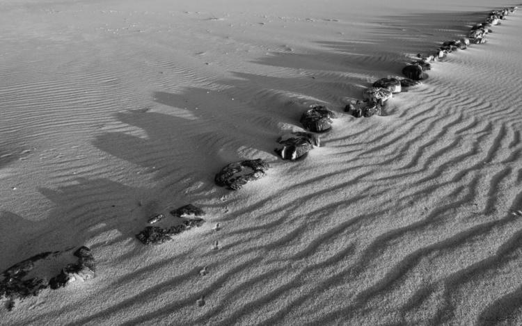 Borderline - beach, sand, border - julissimo   ello