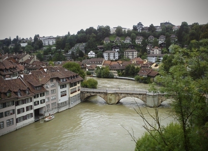 Bern | Aare river - switzerland - joanasantos | ello