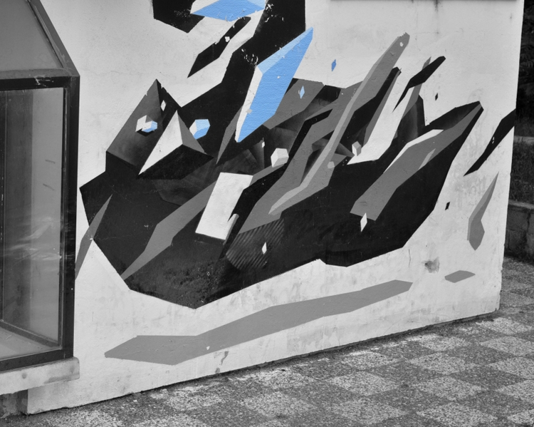 Graffiti Shoot / Black Blue 201 - organism-4233   ello