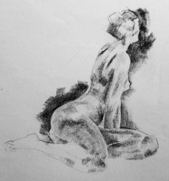 Female model (Lisa), black chal - clarisse-1174 | ello