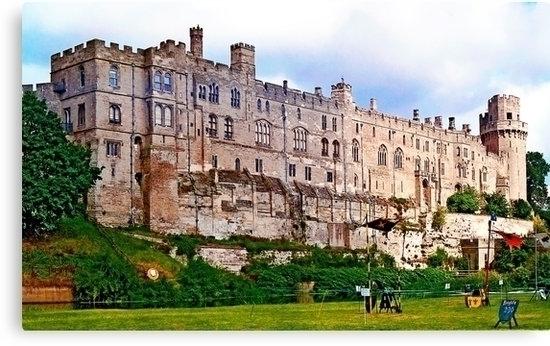 Warwick castle tiltyard, Englan - leo_brix | ello