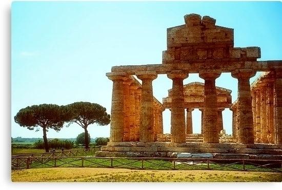 ruins greek temple Paestum, maj - leo_brix   ello