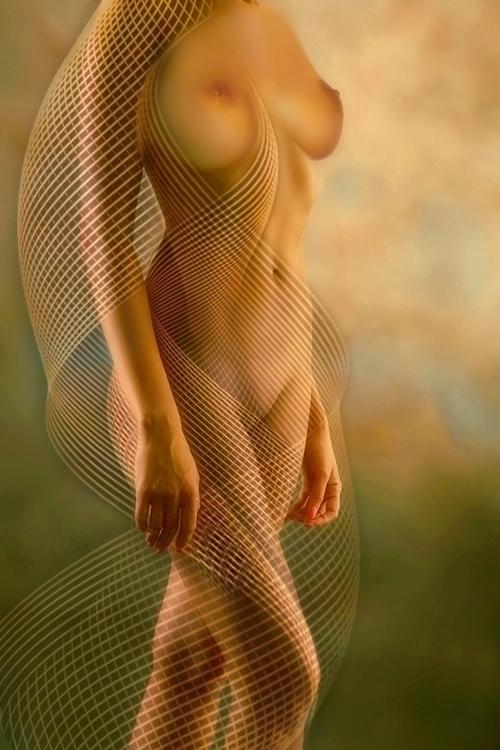 BODY CURVES - woman, body, digital - carmenvelcic | ello
