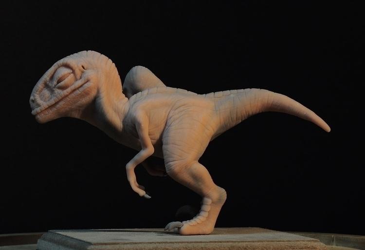 Scratching Baby Raptor Jurassic - heliot-4253 | ello